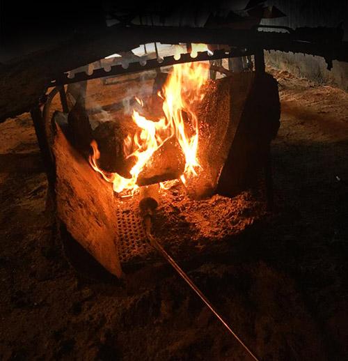 proceso de fabrica ahumado de madera tradicional