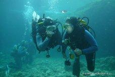 Dýchání 2 z jednoho přístroje - kurzy potápění