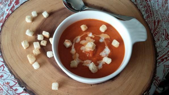 Roasted Garlic Cream of Tomato Soup