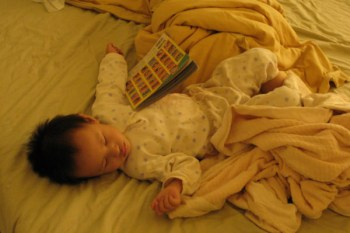 (choyce育兒經)矯正小孩睡姿的最好方法!