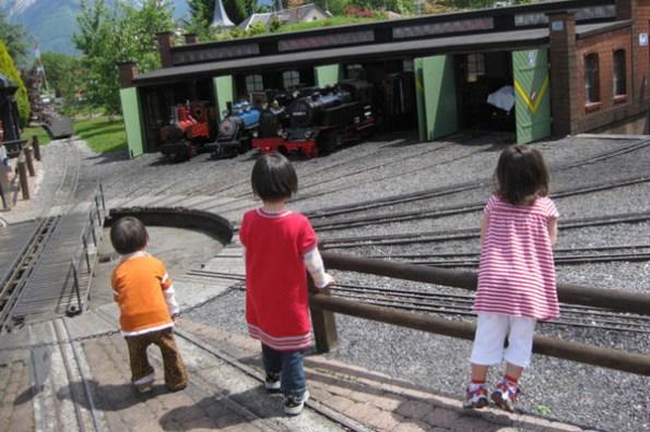 令媽媽又愛又恨的湯瑪士小火車