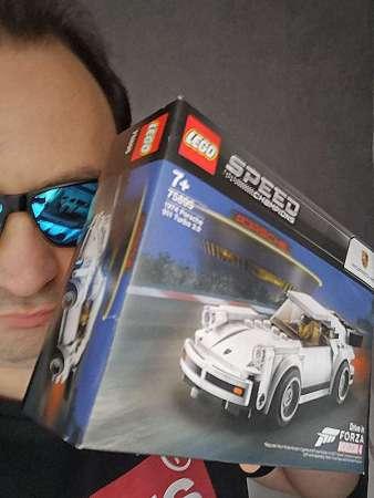 Christian Schwarz mit Porsche - LEGO