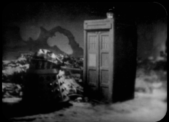 Image via http://www.bbc.co.uk/doctorwho/classic/photonovels/power/
