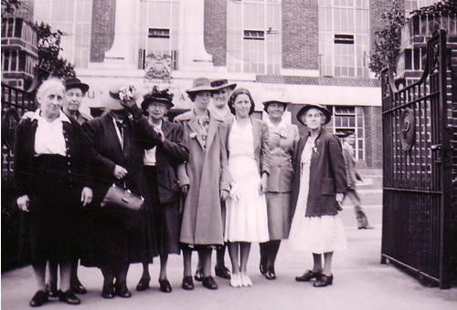 Women's Institute outing, 1930.