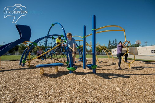 Playgrounds-R-Us-Chris_Jensen_Studios_Winnipeg_Wedding_photography (36)