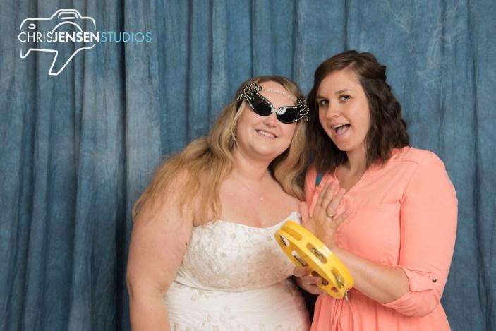 Chris-Jensen-Studios-Top-Best-Winnipeg-Wedding-Photographer-Photography-Gimli (33)