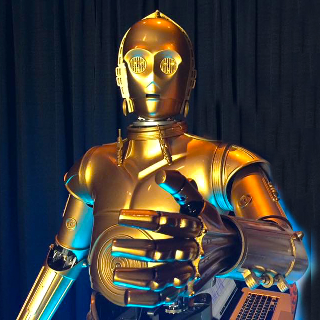 Animatronic C-3PO at SWCC
