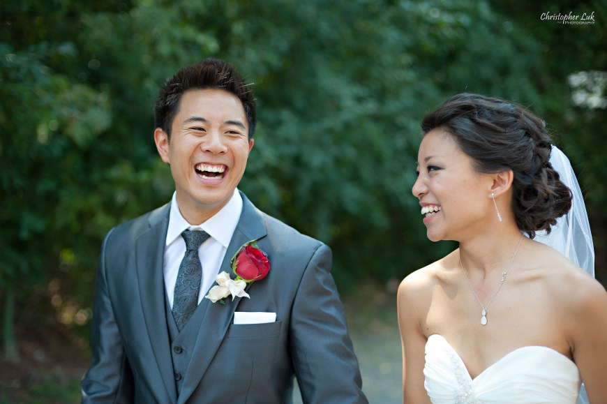 Christopher Luk 2012 - Erin and Brian's Wedding - Toronto Korean Presbyterian Church Bayview Golf and Country Club - Toronto Lifestyle Wedding Photographer - Bride and Groom Walking Laughing Smile