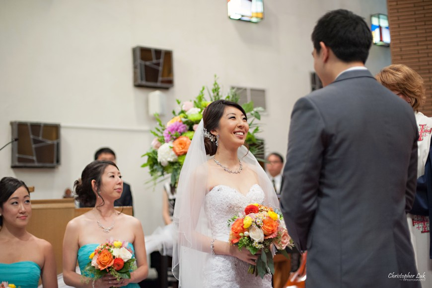 Christopher Luk 2014 - Heidi and Ming-Yun's Wedding - Courtyard Marriott Markham Thornhill Presbyterian Church Chinese Cuisine - Bride and Groom Ceremony Natural Candid Photojournalistic Vows Smile