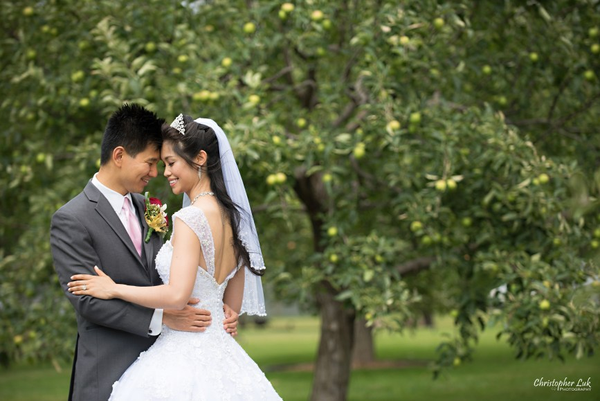 Christopher Luk 2015 - Shauna & Charles Wedding - Bride Groom Creative Relaxed Natural Portrait Session Photojournalistic Candid Apple Trees Hug