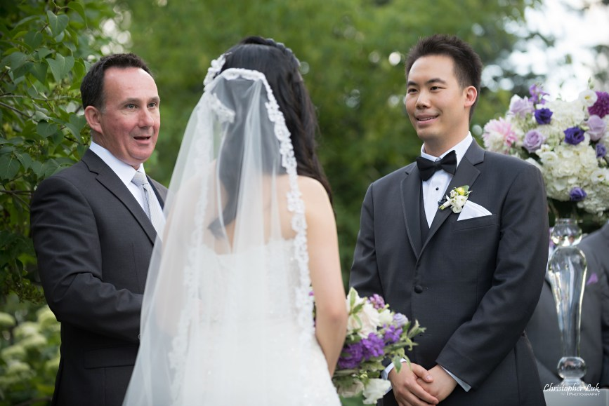 Christopher Luk (Toronto Wedding Photographer): Christine and Jonathan's Wedding - Graydon Hall Manor Toronto Foodie Summer Outdoor Garden Ceremony Patio Terrace Tent Dinner Reception Bride Groom Candid Natural Photojournalistic Floral Vase Decor Vows Jeremy Citron Officiant
