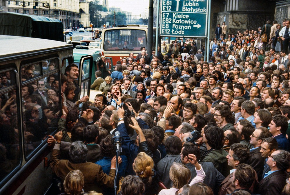 Image result for photo of Polish gov't crackdown on Solidarity in 1980s