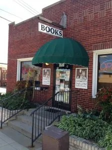 Beagle & Wolf Books