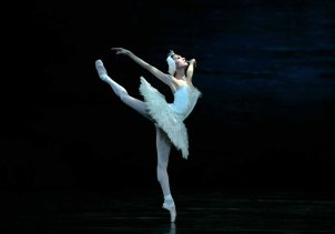 swan-lake-odette-san-francisco-ballet