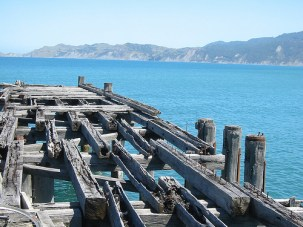 Wooden carcass of the Tokomaru Bay Wharf.jpg