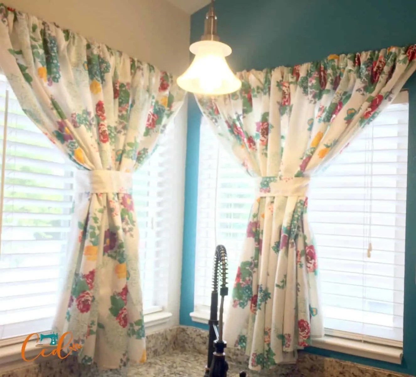 Easy Kitchen Curtains Sewing Tutorial