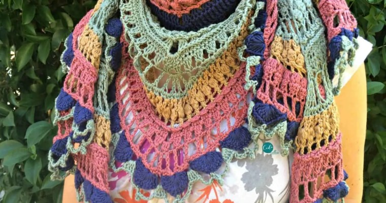 Ottobre Shawlette Free Crochet Pattern and Tutorial