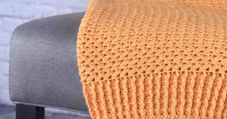 Between Ridges Blanket a Free Crochet Pattern