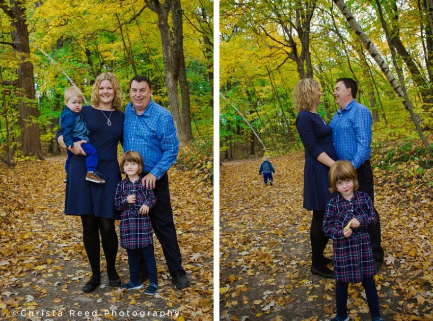 family wearing navy blue colors for fall portraits