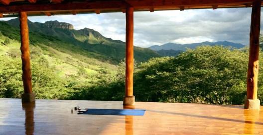 Chris Tarzan Clemens - Kate Tomlinson Izhcayluma Yoga