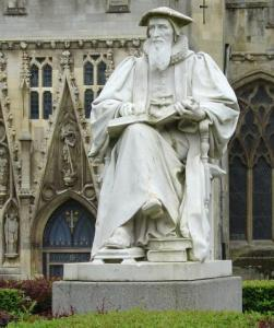 Hooker Statue, Exeter Cathedral