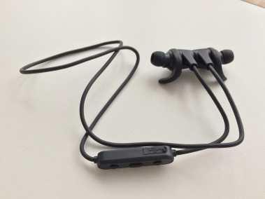 Image test des écouteurs bluetooth aukey sport 2