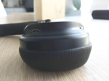 image test du casque bluetooth et pliable d'aukey avec microphone intégré 6