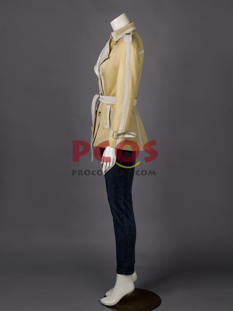image Arborer le look de (Black Widow) Natasha Romanoff en jeans J Brand 6