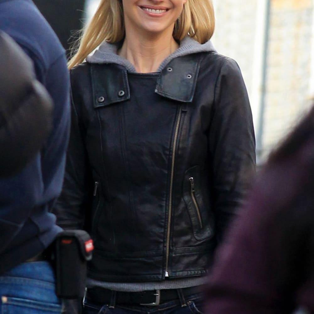 image Look de Olivia Dunham dans la série Fringe 6