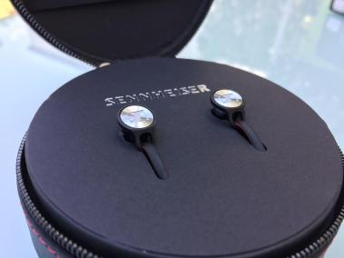 image test des écouteurs Bluetooth Sennheiser Momentum Free 8