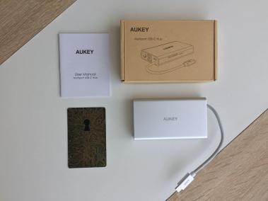 image test du hub CB-C55 adaptateur USB type C multi-port 8 en 1 de Aukey 2