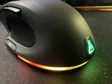 image Test de la souris gaming Nitrogen Core RGB personnalisable de G-LAB 7