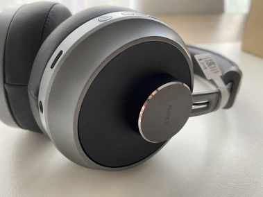 image Test du casque EP-B52 Bluetooth 5 Aukey avec coussinets en cuir et mousse à mémoire de forme 6