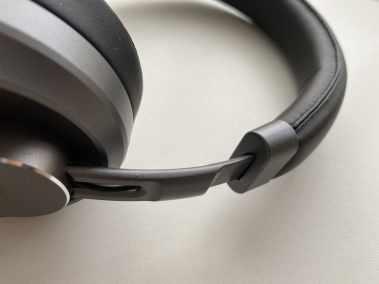 image Test du casque EP-B52 Bluetooth 5 Aukey avec coussinets en cuir et mousse à mémoire de forme 9