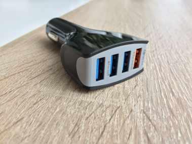 image Test d'un support de smartphone pour voiture avec chargeur sans fil 7
