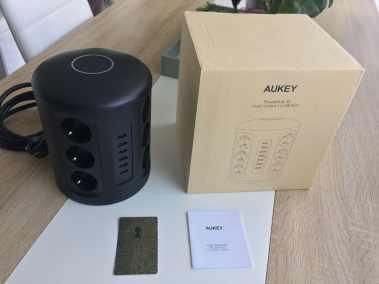 image Test de la tour Multiprise Aukey avec protection parafoudre 6 Ports USB et 12 Prises Secteur 3