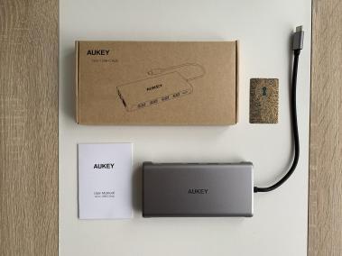 image Test du hub et adaptateur USB C 12 en 1 de Aukey 3