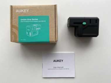 image Test du chargeur de voyage 18 W Aukey avec prise international 2