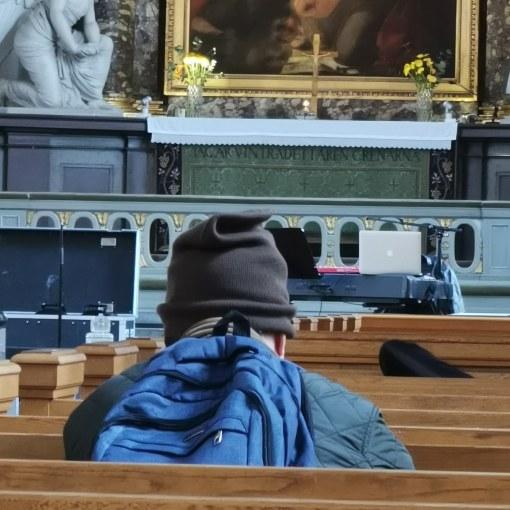 En beende man i kyrkan