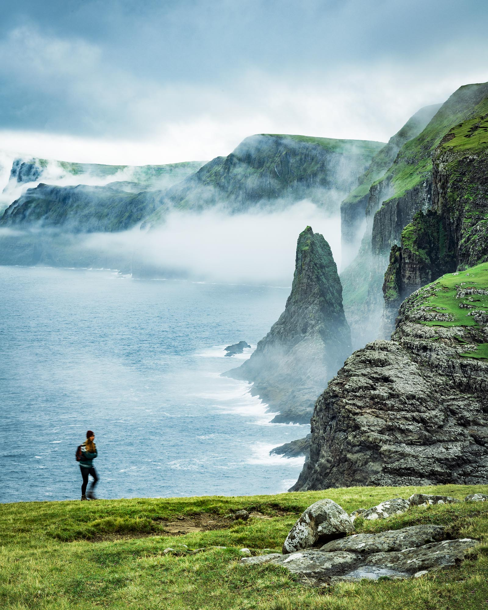 Trælanípan / Leitisvatn, Faroe Islands