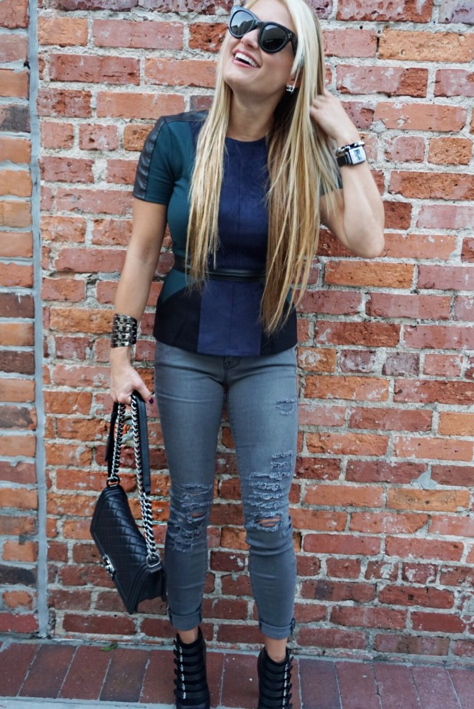 ripped denim, gray jeans, cuff, gunmental, peplum top