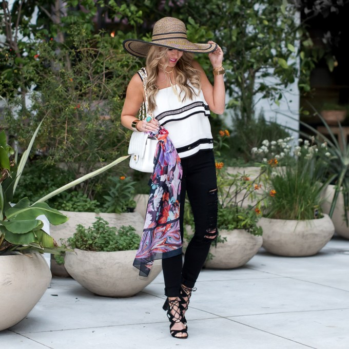 willow & clay, black rips, frame denim, ripped denim, chanel, timeless classic, ruffled top, floppy hat, lace up heels
