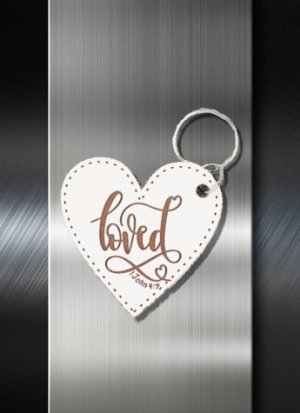 Key ring Loved 1 John 4 9