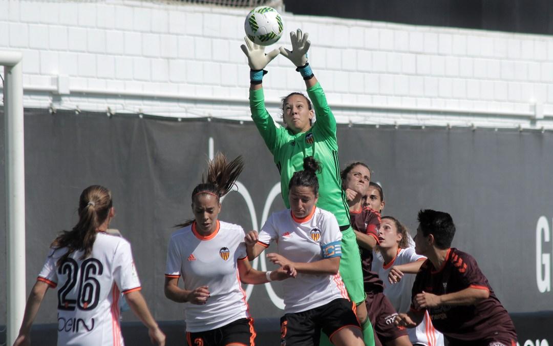 «Un cerrojo perfecto»: medio español destacó a Christiane Endler en liga española femenina