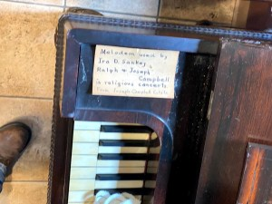 Melodeon used by Ira Sankey