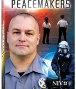 NIV Peacemakers Police Officer New Testament