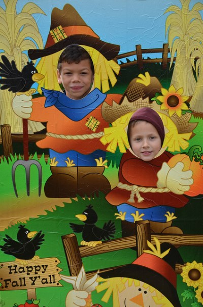 children at Fall festival photo-op