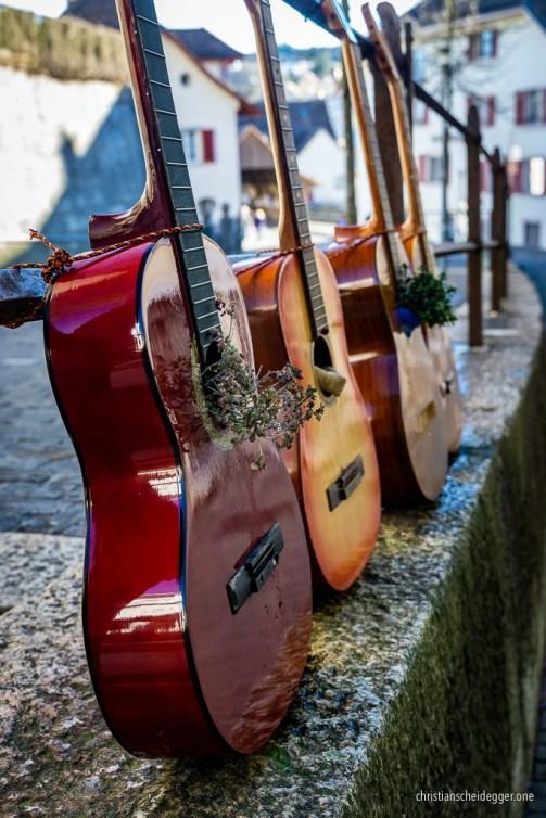 Second Life Guitars