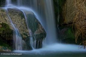 Umspülter Fels im Fischebachwasserfall