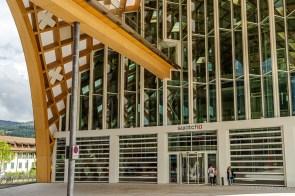 Eingang Swatch-Gebäude, Biel
